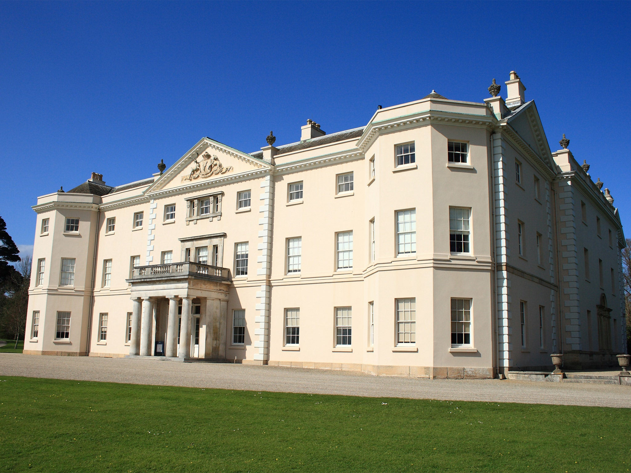 National trust to reveal the slave labour behind treasures for National house builders
