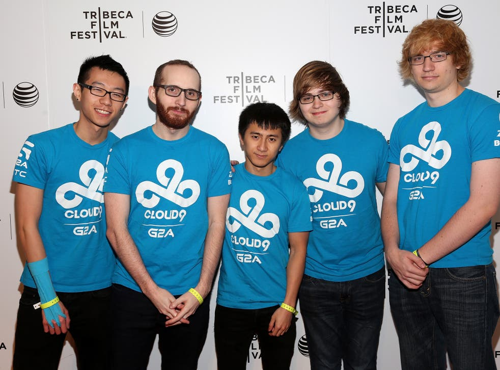 Hai Lam, seen on the far left, with the rest of gaming team Cloud9