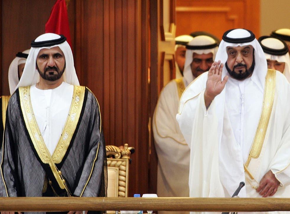 UAE President Sheikh Khalifa Bin Zayed Al-Nahyan (R), and Crown Prince and Dubai ruler Sheikh Mohamed Bin Rashid Al-Maktoum