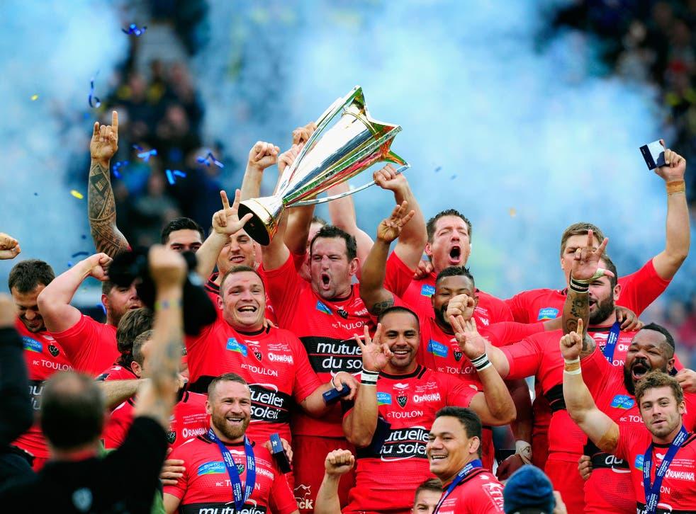 Carl Hayman lifts the 2014/15 European Champions Cup