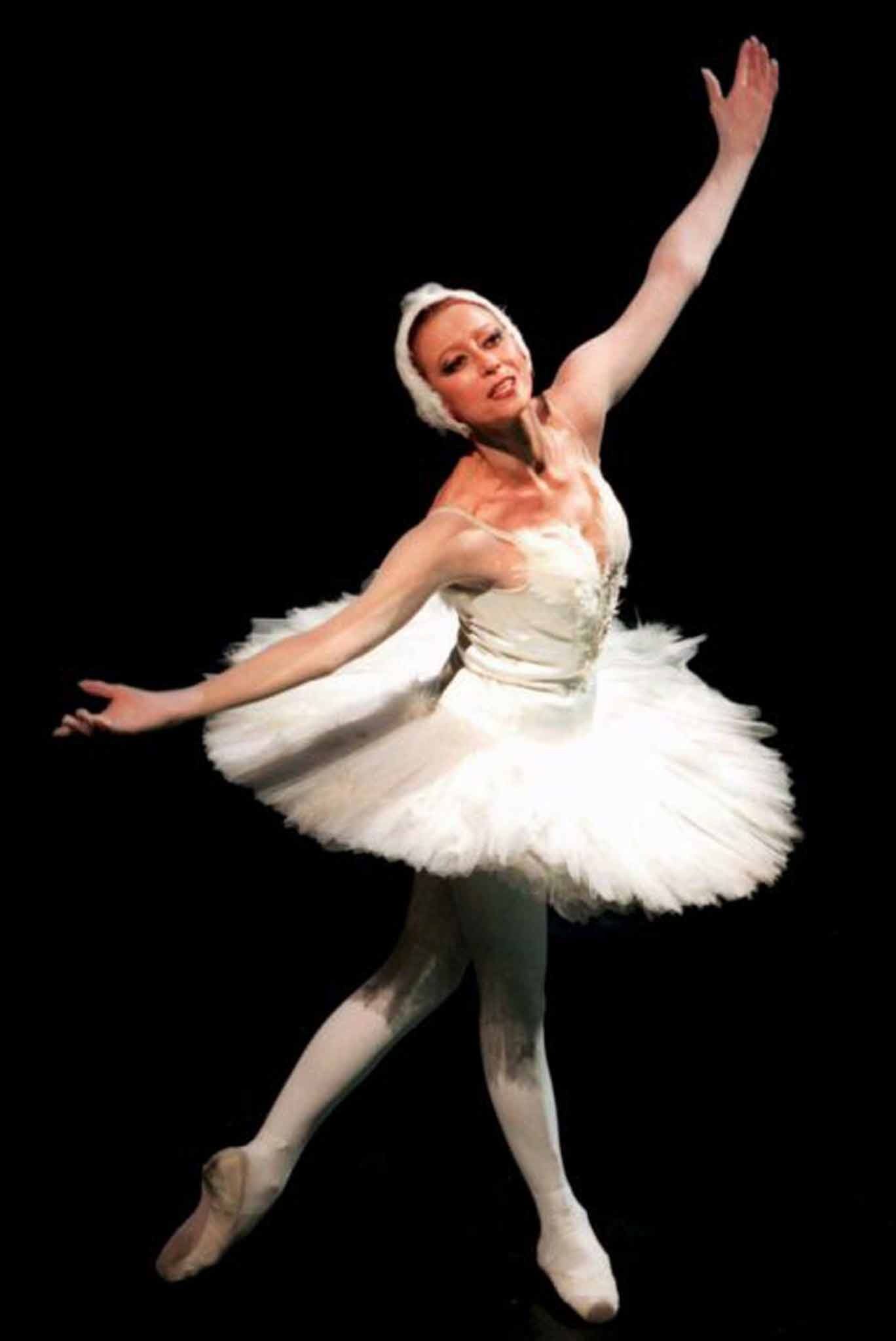 Erotic ballerina met