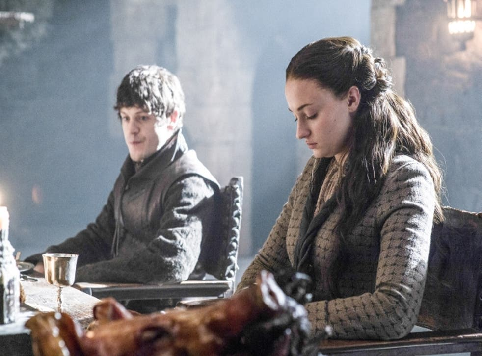 Sansa and Ramsay Bolton dine together at Winterfell