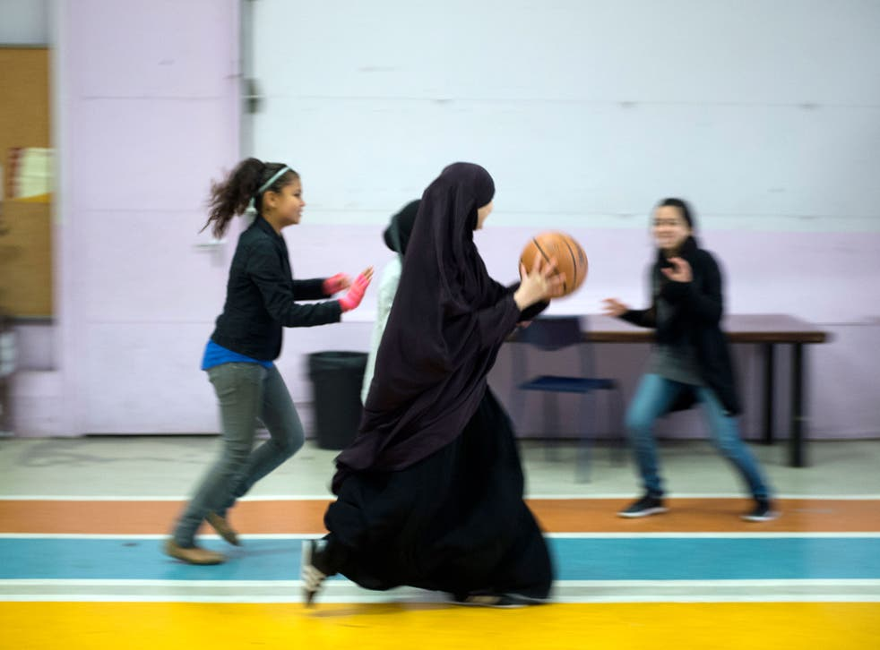 Muslim students in France face being sent home for wearing religious robes