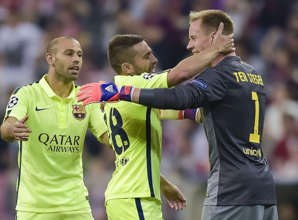 Barcelona player celebrate with goalkeeper Ter Stegen