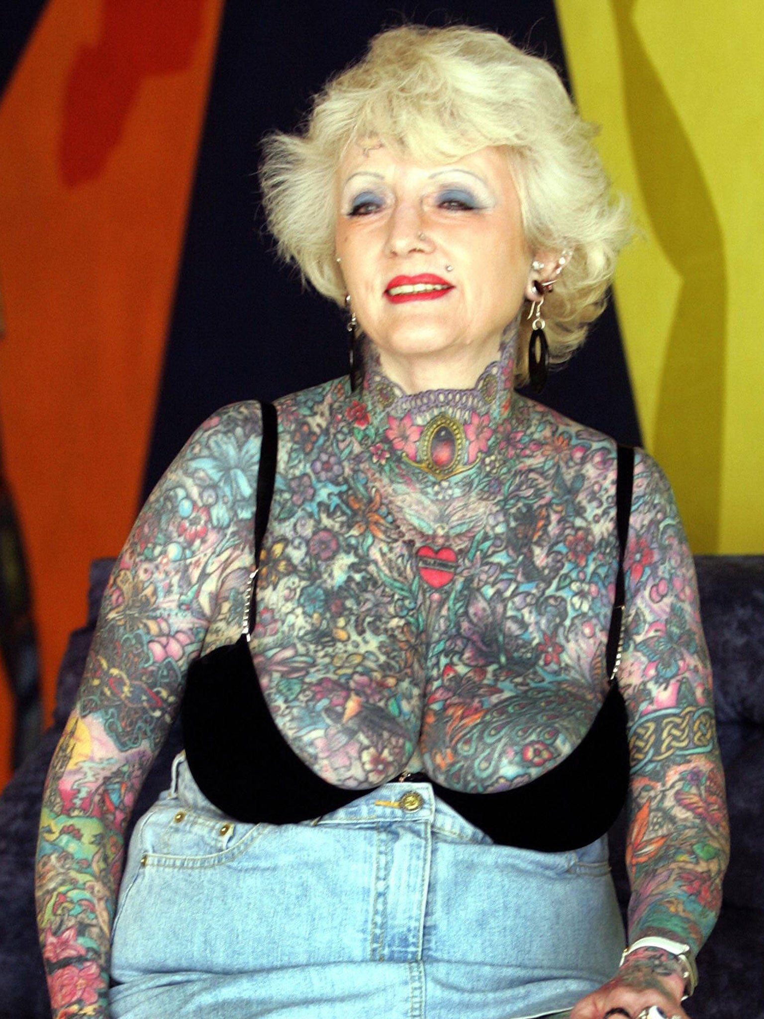 242590750 Isobel Varley: World's most tattooed female senior citizen dies aged ...