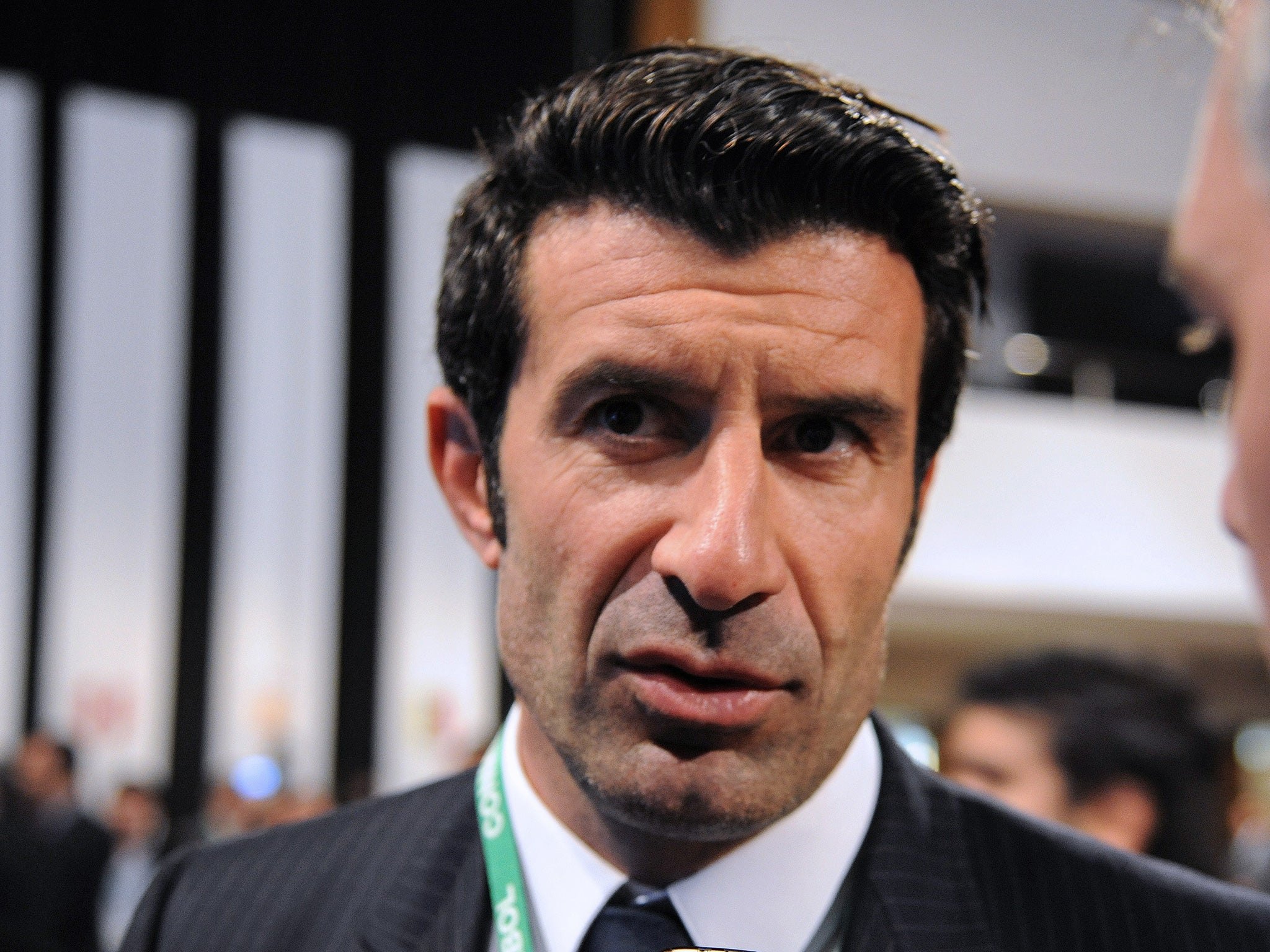 Luis Figo withdraws his bid to replace Sepp Blatter as Fifa