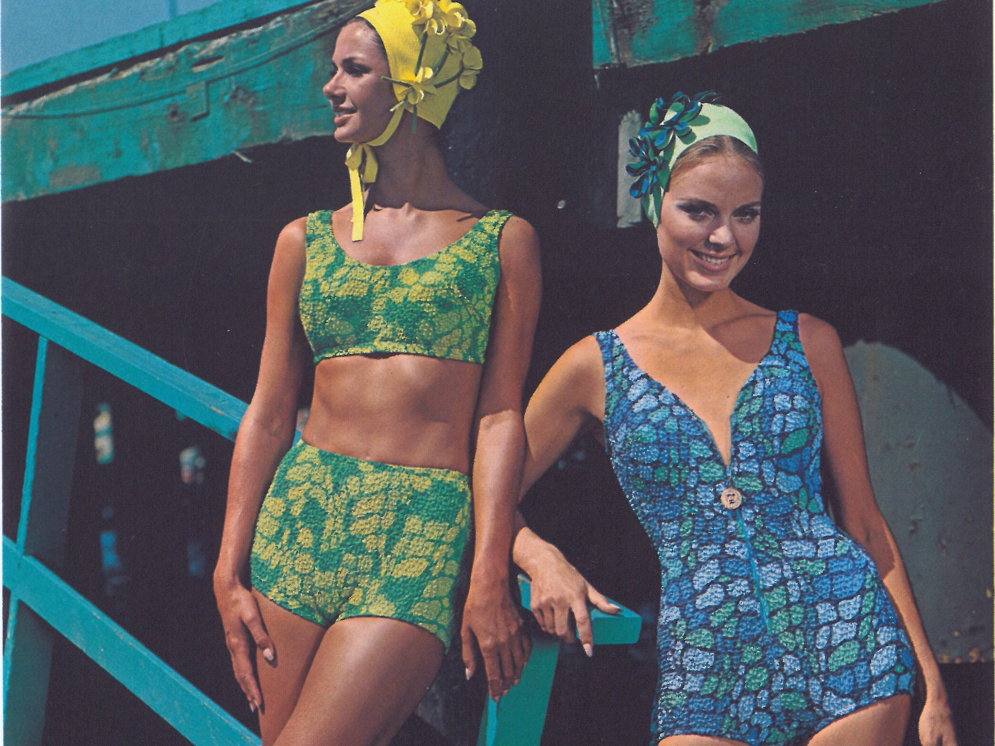 Knitted swimsuits. Schemes and job description