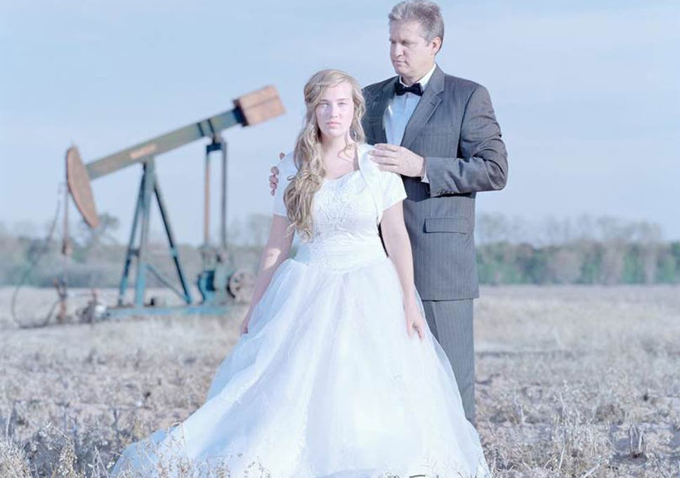 Father Of The Bride Sch Examples | Purity Balls Girls In The Us Making Virginity Pledges As Fathers