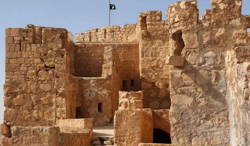 Just days after seizing Palmyra, Isis massacres 400 people in the ancient city