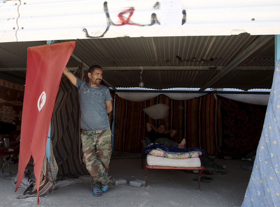 Protesters in tents in Métlaou. The unemployed have blockaded mines