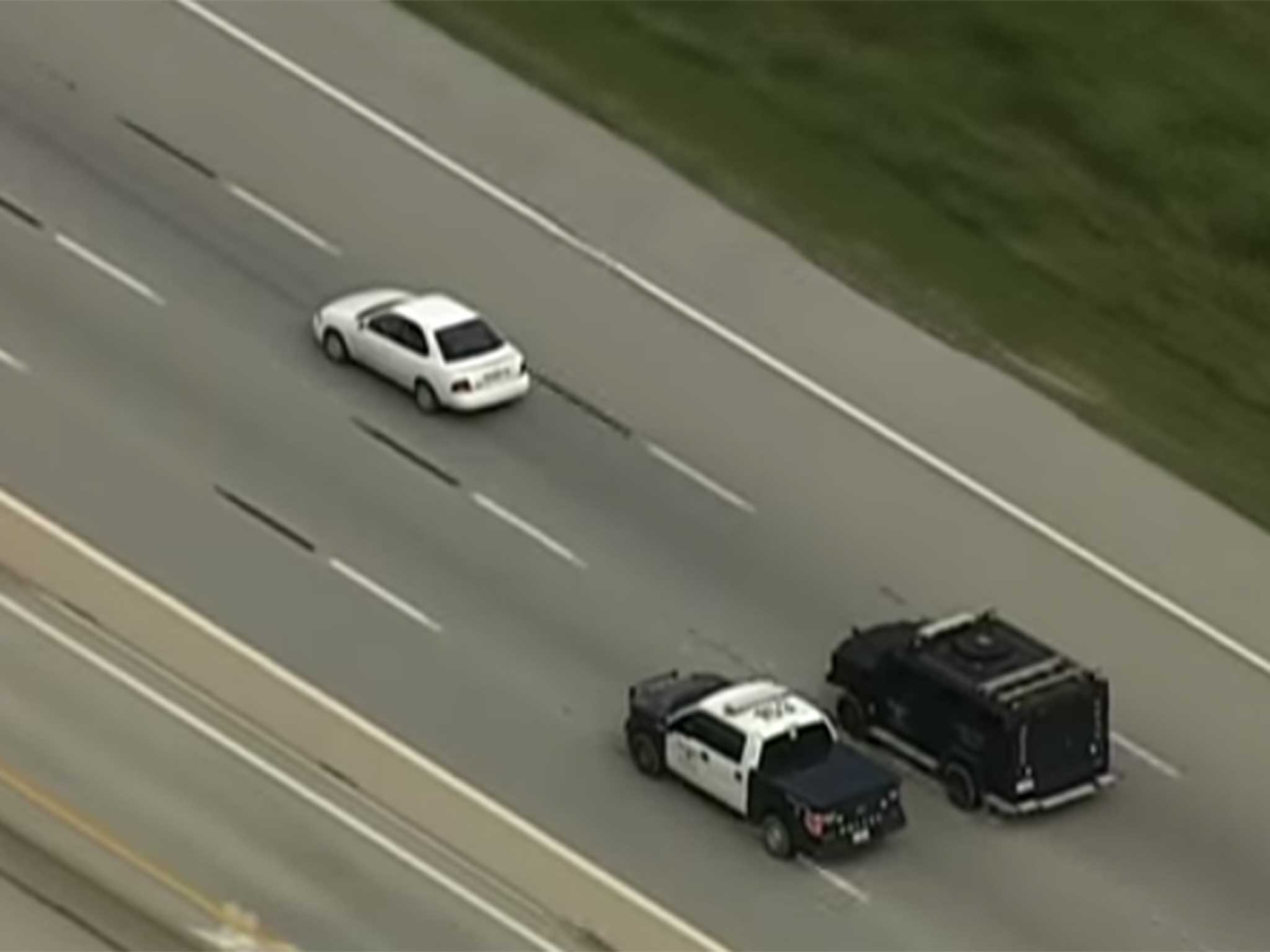 World 39 s slowest police chase ends after two hours video for Chaise auto