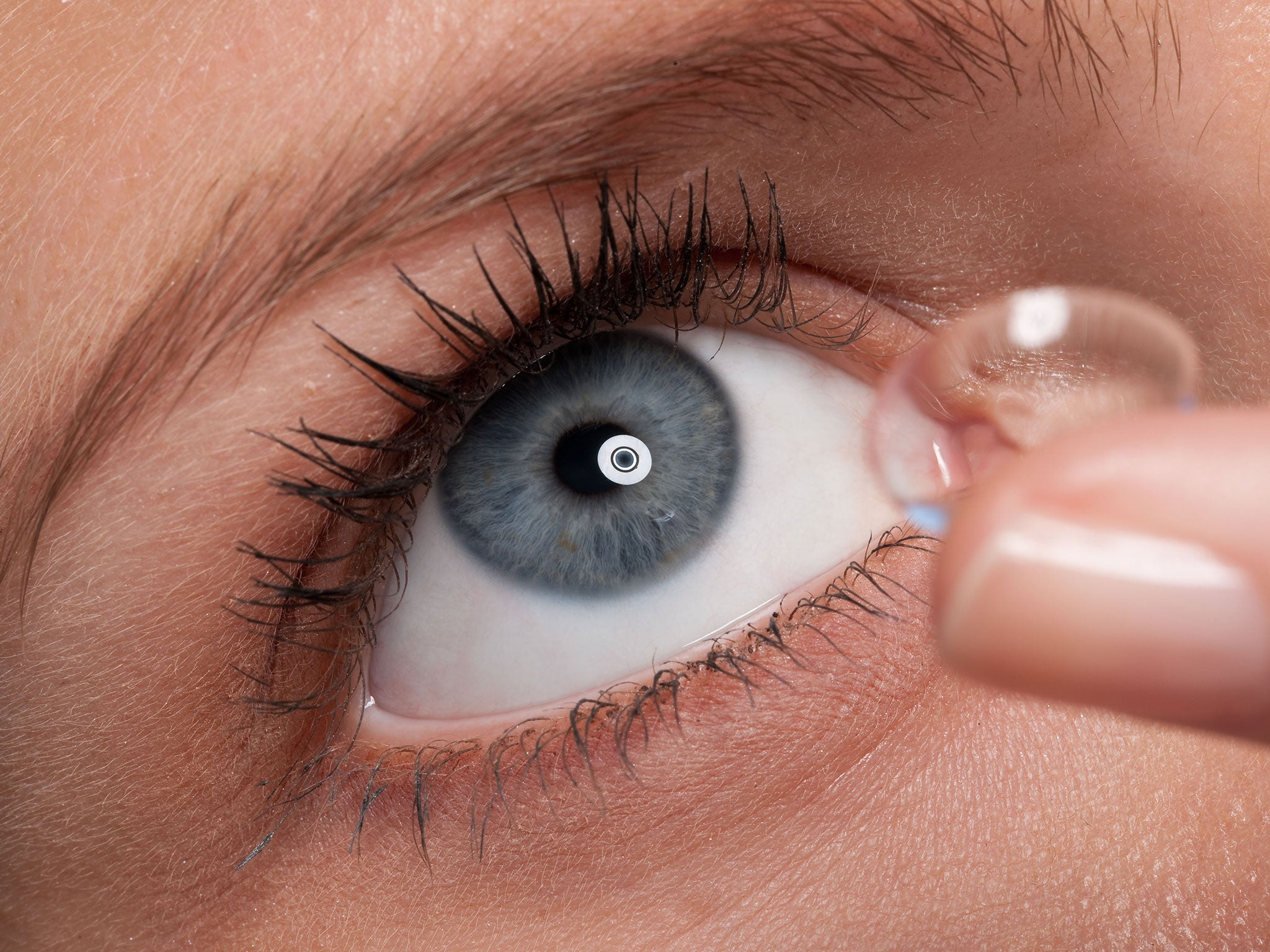 Contact Lenses May Disrupt Eyes Natural Bacteria, Study Suggests
