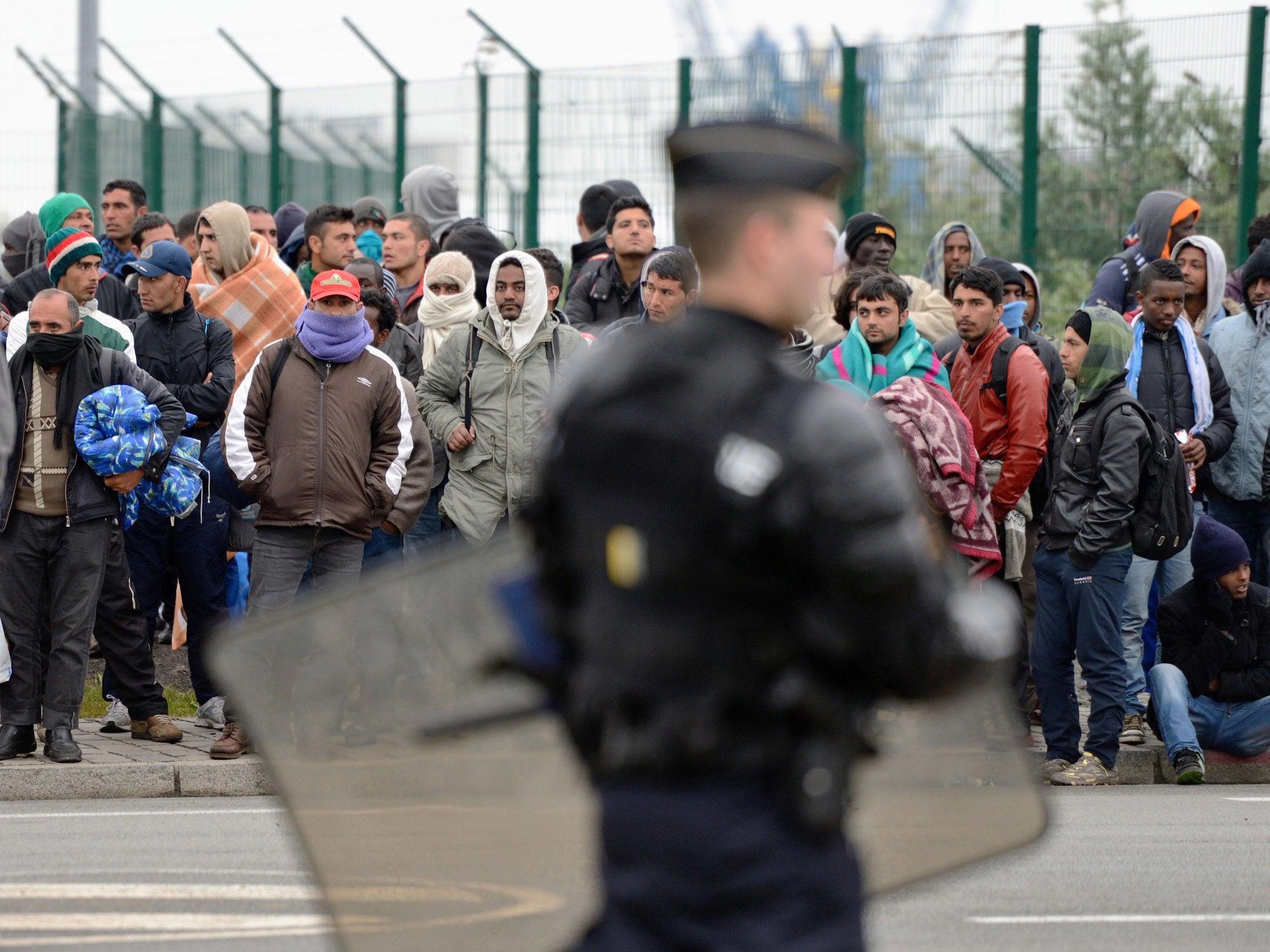 Several injured in brawl at Calais 'jungle' migrant camp | The