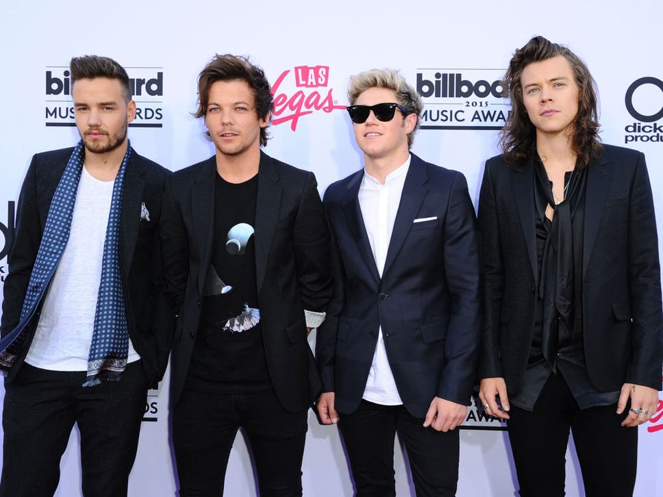 One direction fans are already confused over lyrics in new song one direction are continuing as a four piece after zayn malik quit altavistaventures Images