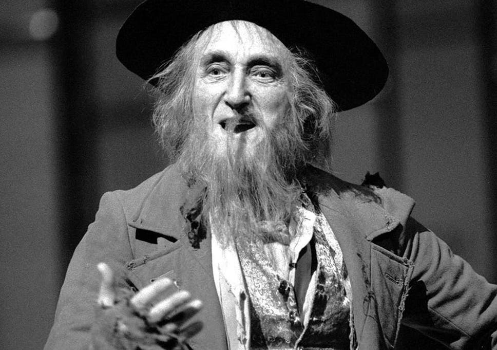 ron moody oliver