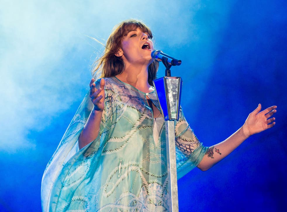 Florence + the Machine headlines Glastonbury in 2015 after Foo Fighters pull out