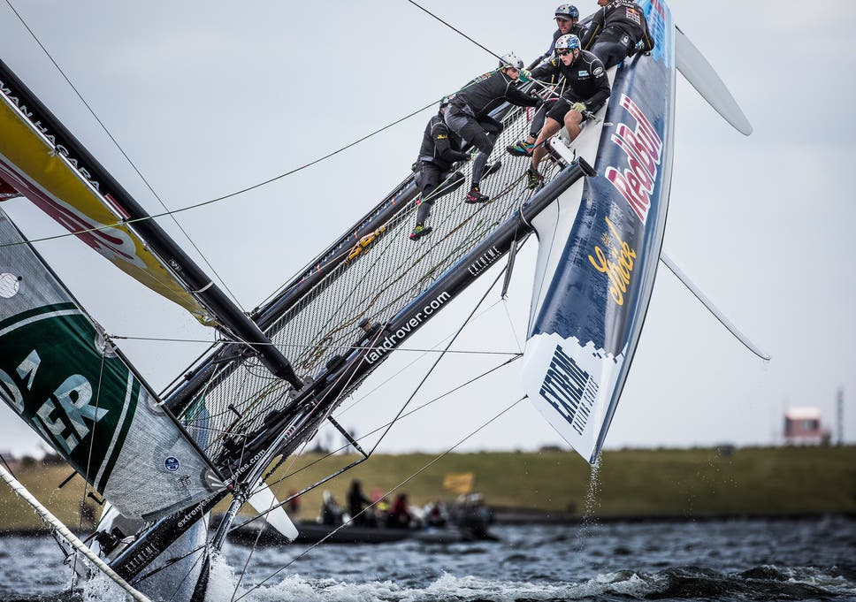 Extreme Sailing Series: Leigh McMillan storms home to win