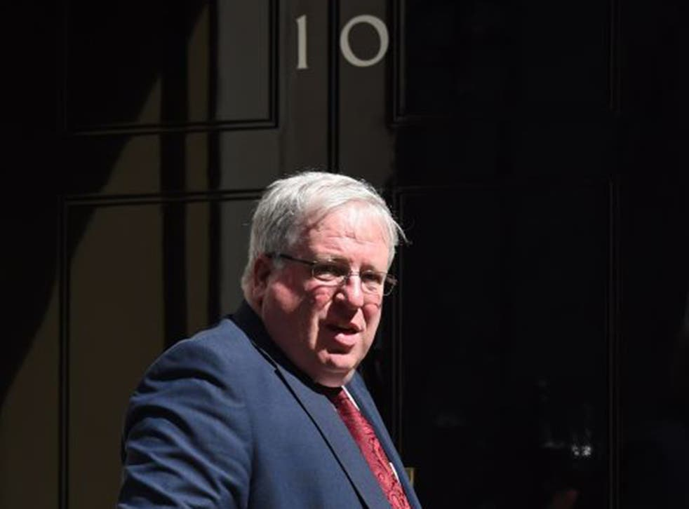Patrick McLoughlin, the UK Transport Minister, has called for the European Commission to investigate vehicle emissions