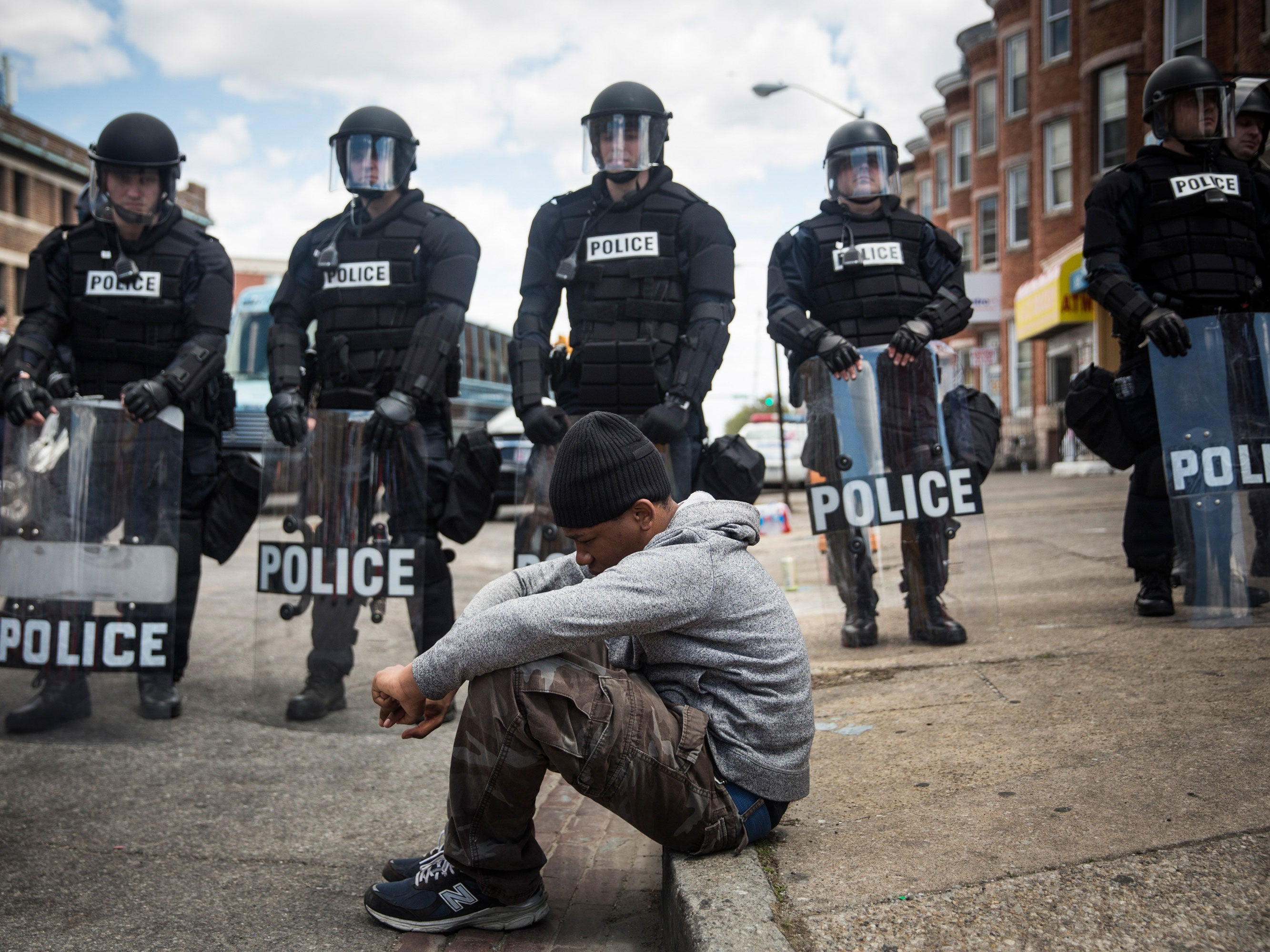 the issue of the police becoming militarized and the ethical and constitutional role of the police