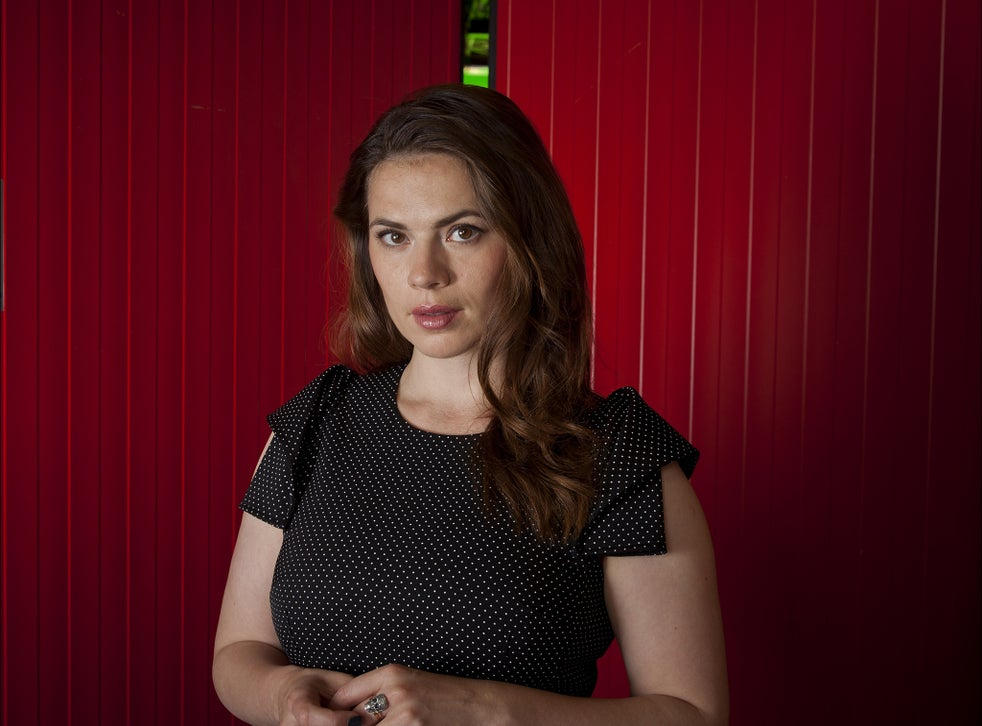 Hayley Atwell On Playing Feminist Marvel Hero Agent Carter She Actually Likes Other Women Which Is Very Rare In Tv The Independent The Independent