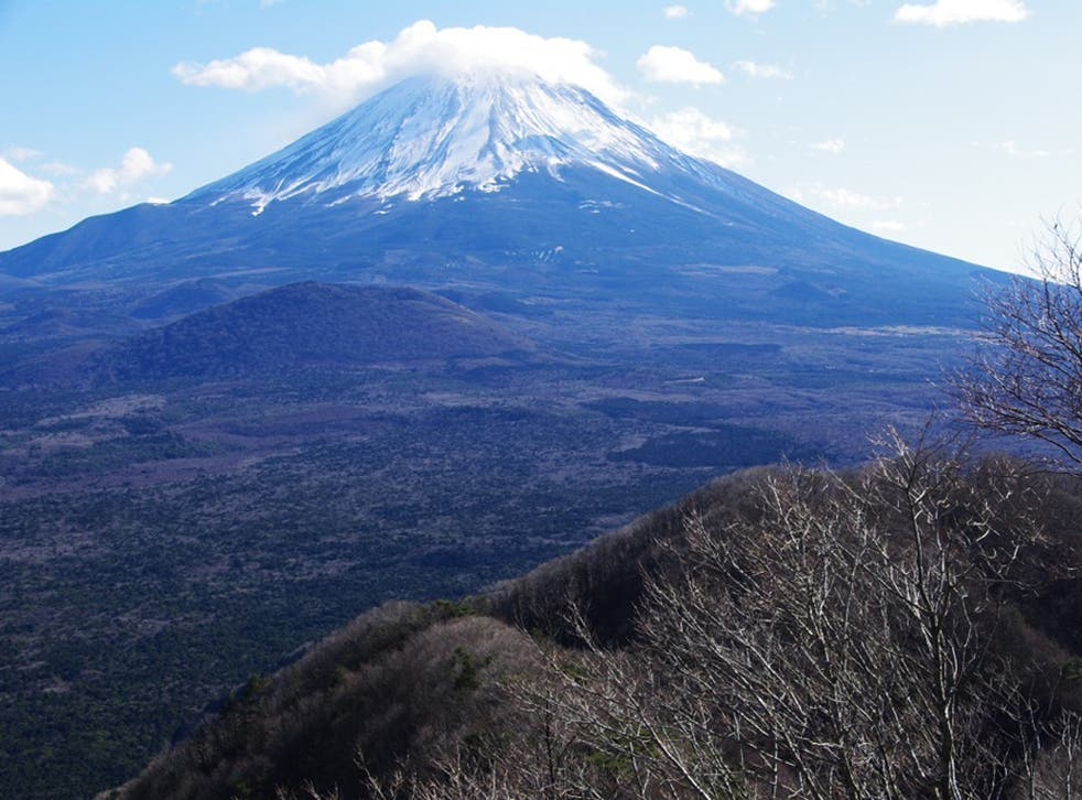 Mount Fuji now has wi-fi at its summit