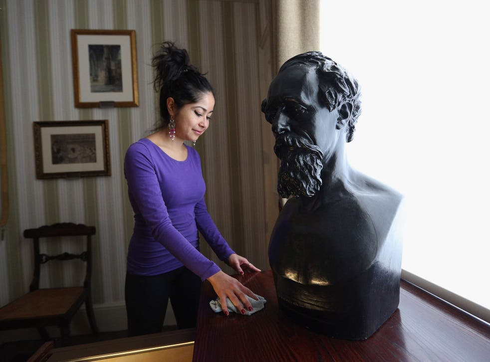 Dickens's death mask in the Charles Dickens Museum in London