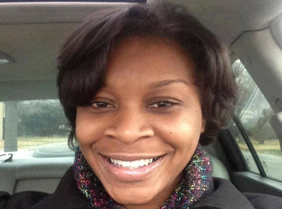 The family of Sandra Bland has demanded a probe into her death