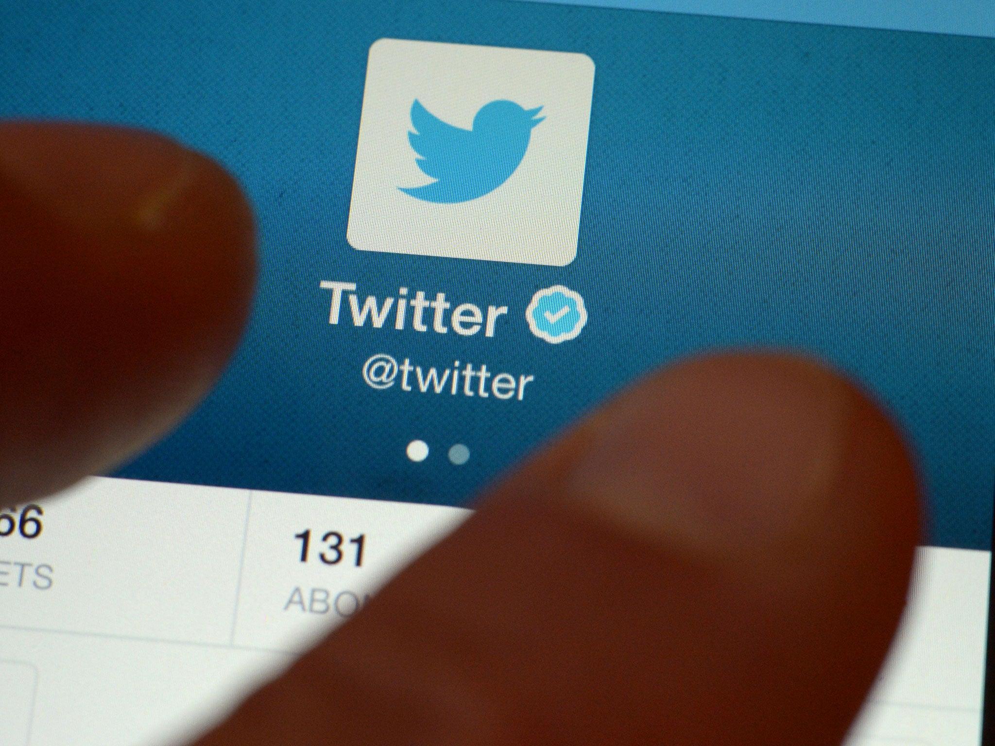 Twitter deletes plagiarised jokes for 'copyright infringement'