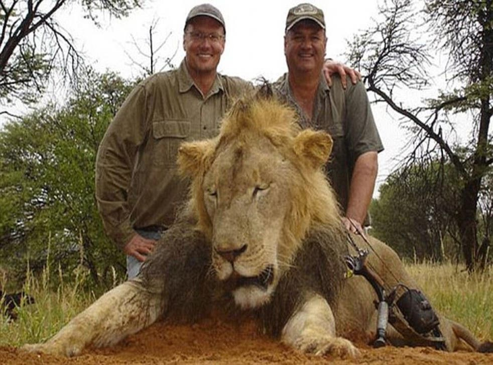 Walt Palmer (left), from Minnesota, who killed Cecil, the Zimbabwean lion