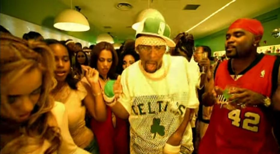 R Kelly's Ignition (Remix) is the most nostalgic song ...