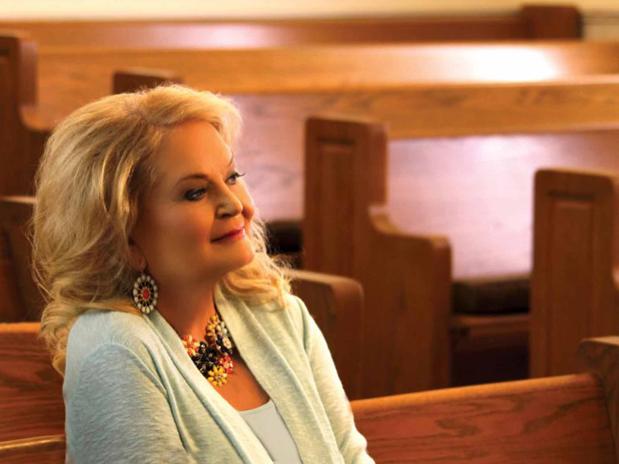 Lynn Anderson: Country singer who had an international pop hit with ...