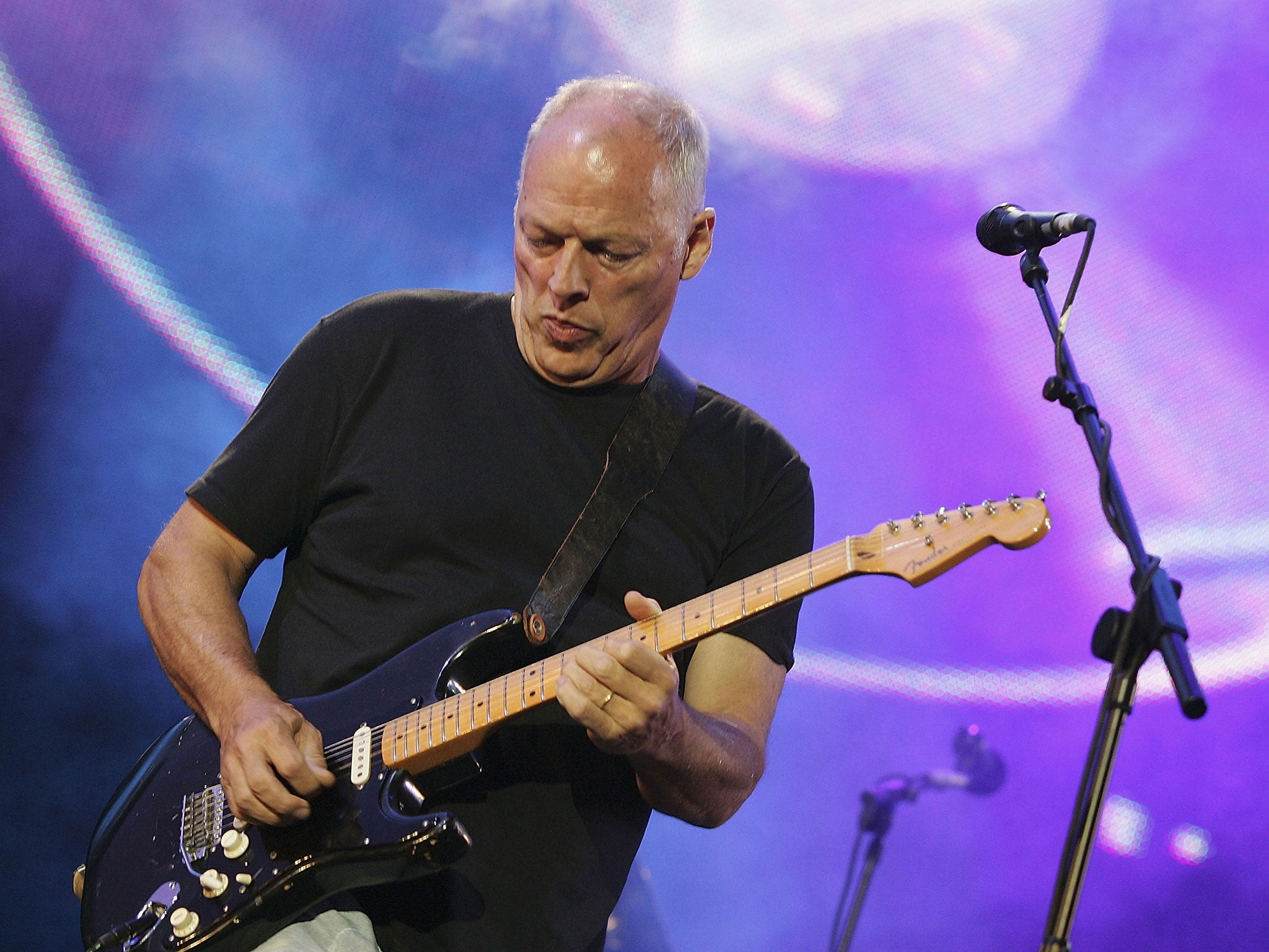 Pink Floyd star David Gilmour holds record-breaking guitar auction for climate change charity