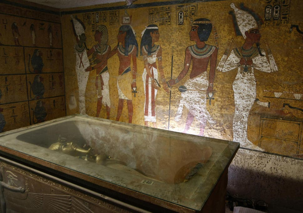 Queen Nefertiti Has The Tomb Of Tutankhamuns Mother Been Found