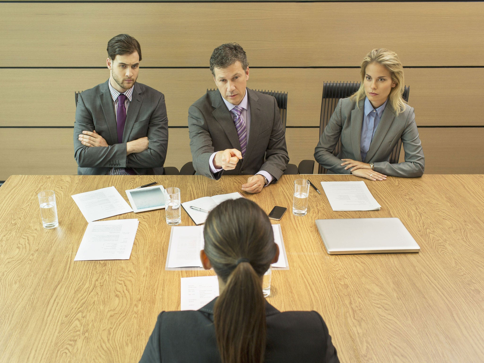 17 signs your job interview is going badly the independent