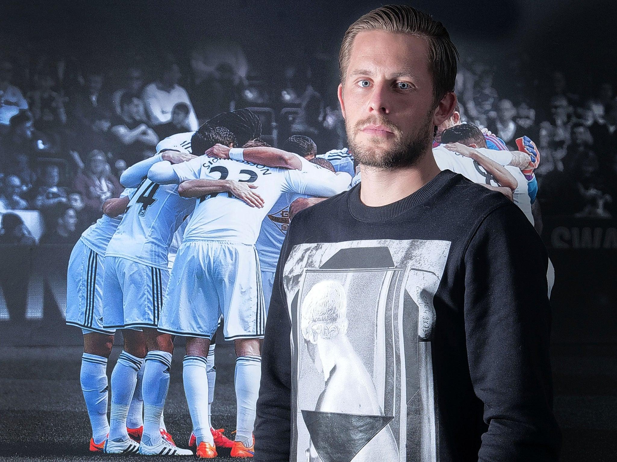 Swansea vs Manchester United Gylfi Sigurdsson living the dream