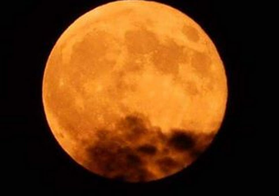 11 Pictures Of Last Night S Stunning Supermoon The Independent