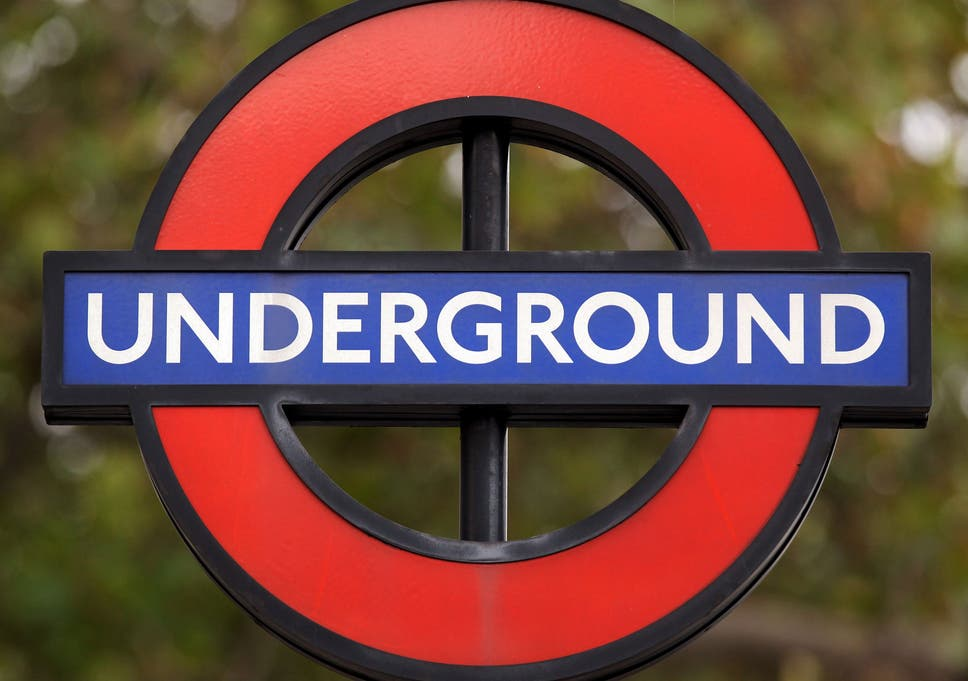 Chaos After Bank London Underground Station Closed During Morning