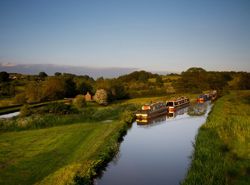 Clay country: Caldon Canal