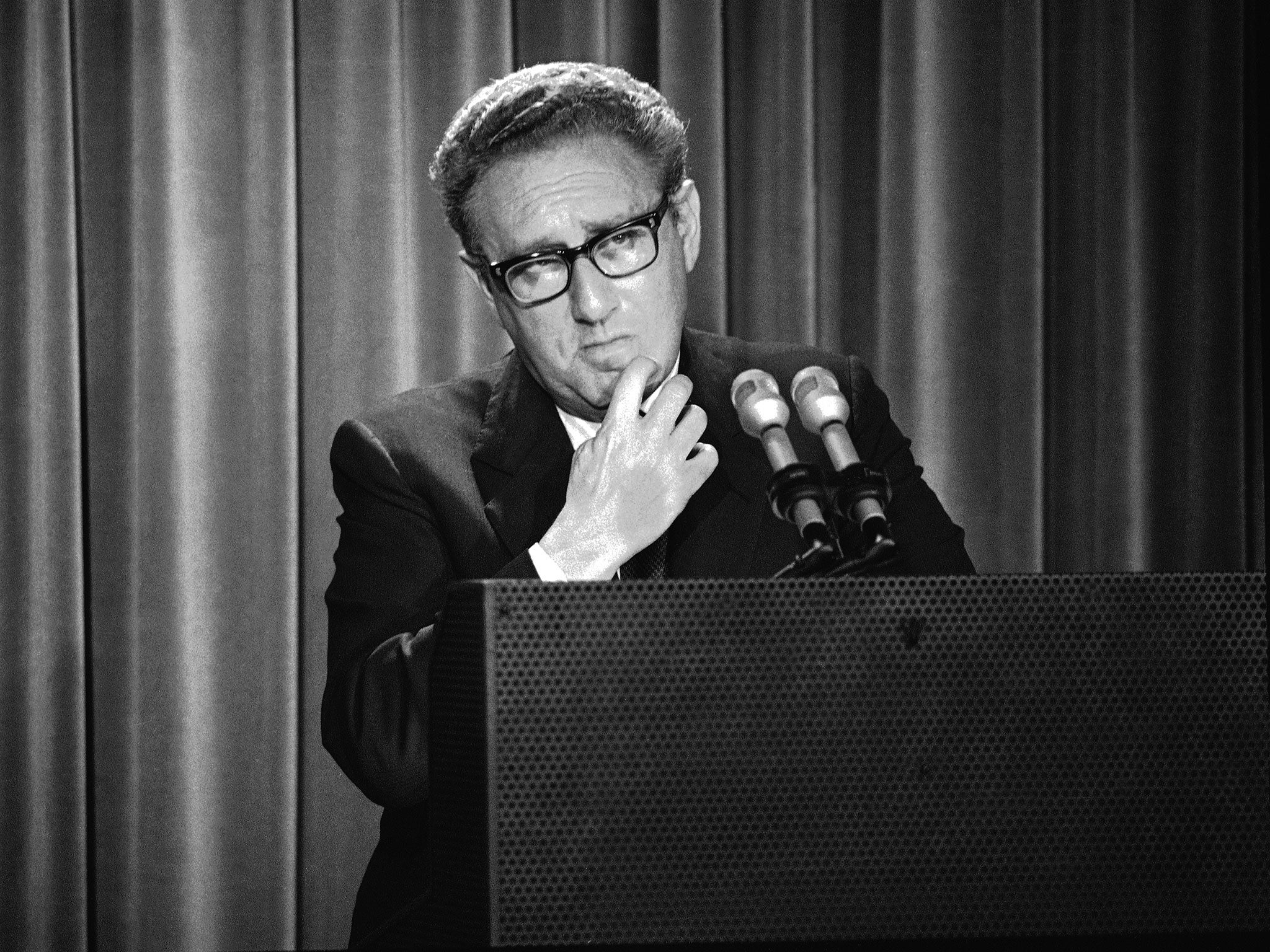 Kissinger 19231968: The Idealist By Niall Ferguson, Book Review: A Case  For The Defence  The Independent