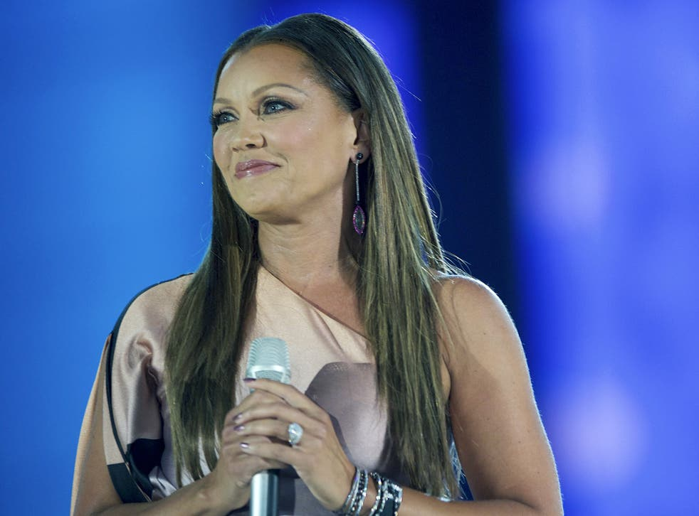 Miss America Apologizes To Vanessa Williams — Youll