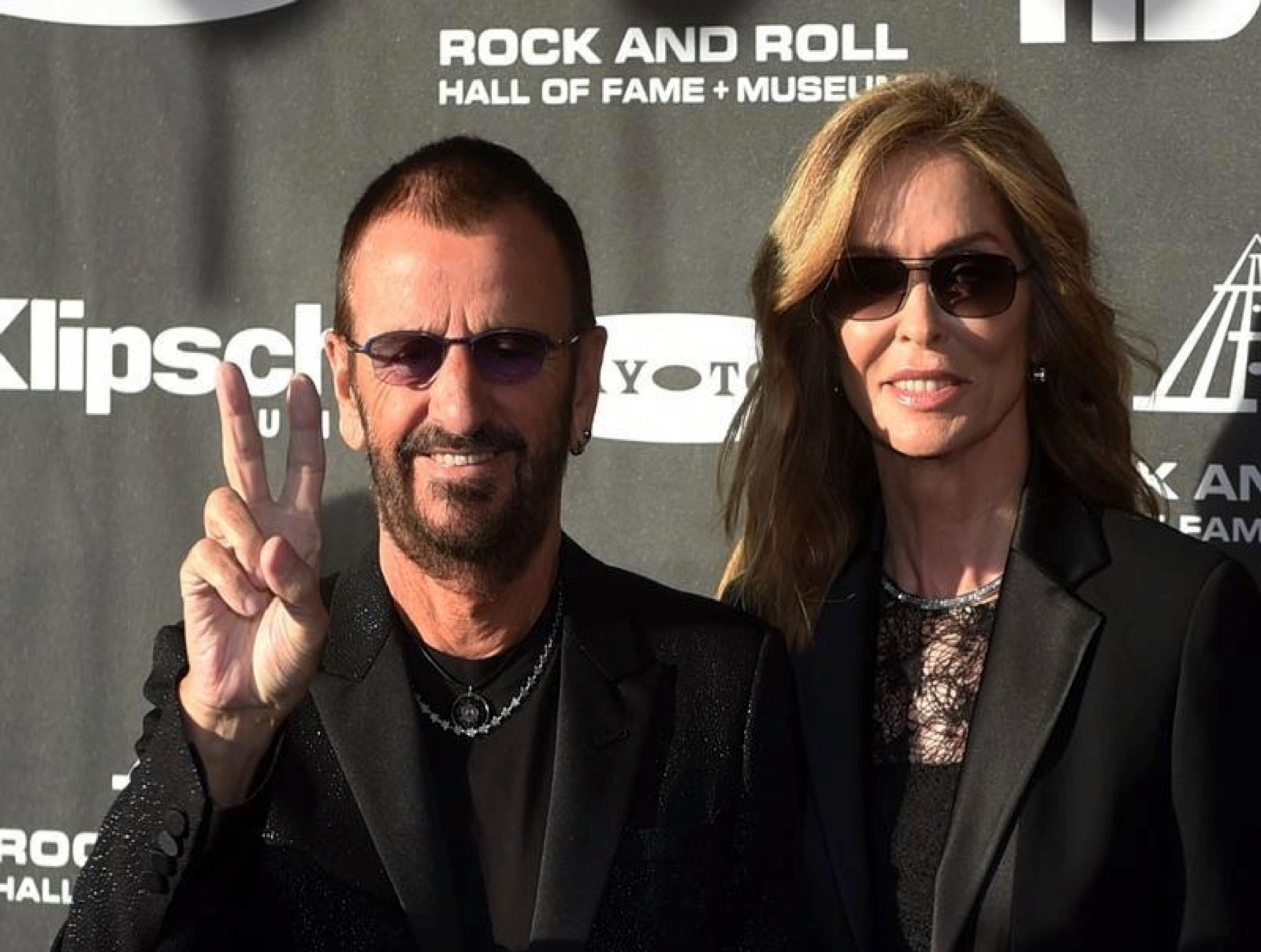 Ringo Starr Sells Off Drum Kits And Other Beatles Stuff As Part Of Downsize Move The Independent