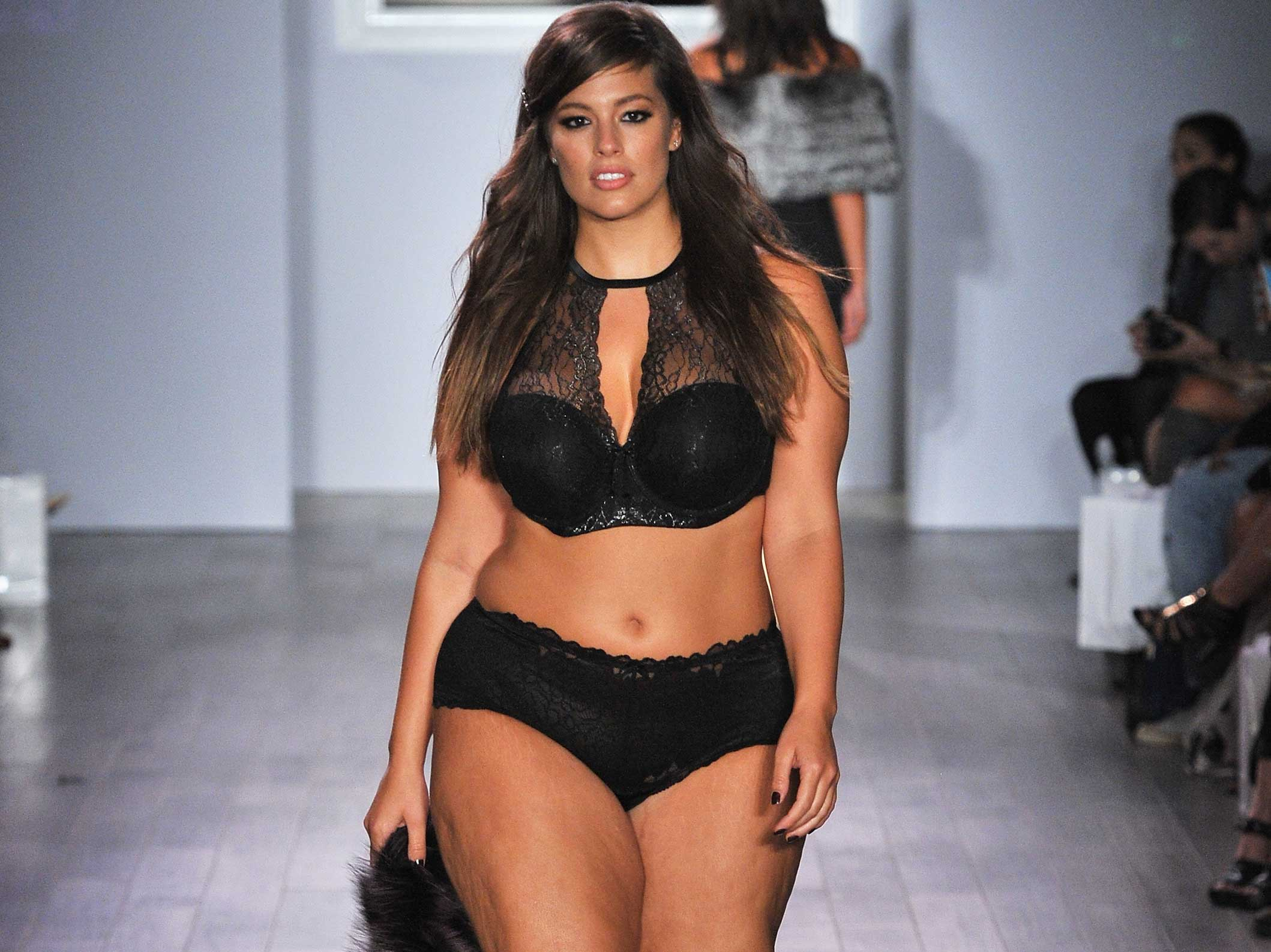 Ashley Graham leads New York Fashion Week plus size ...