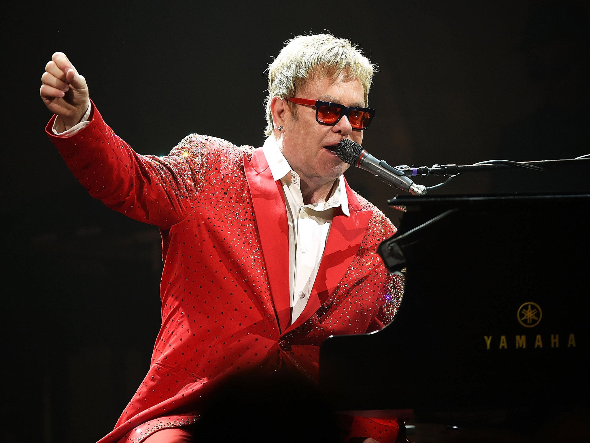 Elton John's Phone Call With 'vladimir Putin' Revealed As The Work Of  Russian Pranksters  The Independent