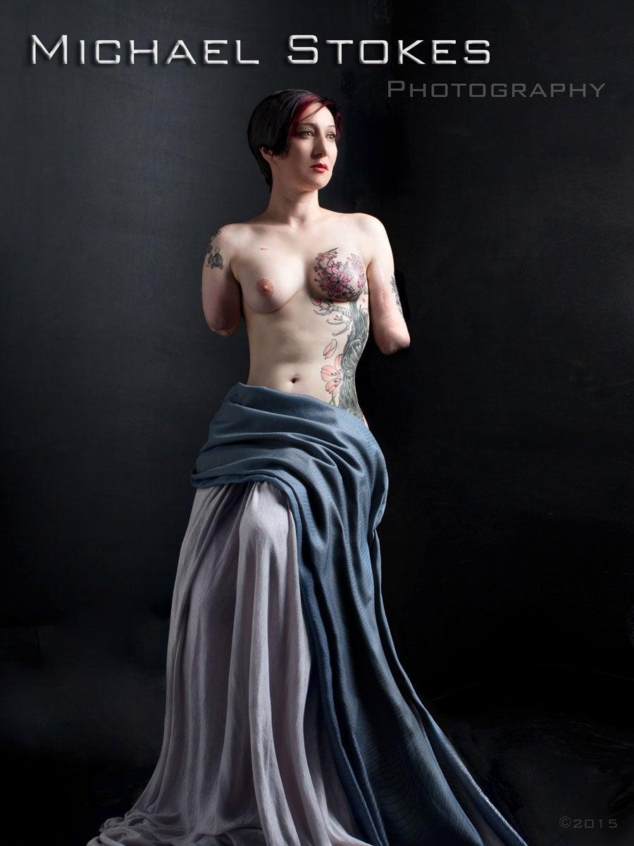 Beautiful naked arm amputees