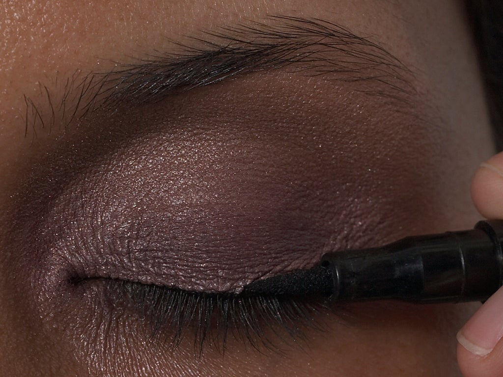 7 ways make-up can harm your eyes   The Independent