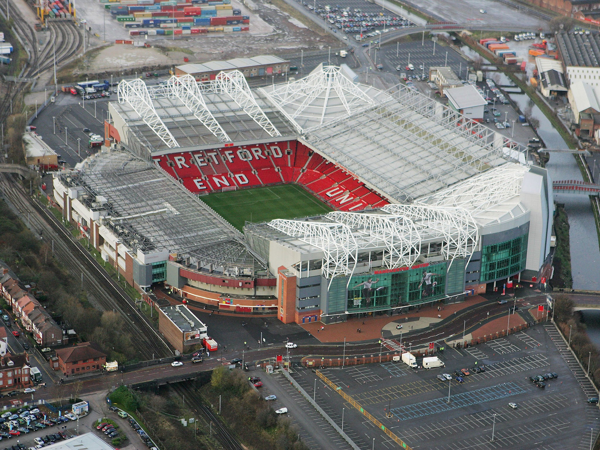 trafford online dating Old trafford officially opened on 19 february 1910 with a match between  manchester and  tickets for manchester united games can only be bought  online.