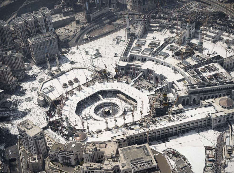 An aerial view shows the Grand mosque and Islam's holiest shrine, the Kaaba
