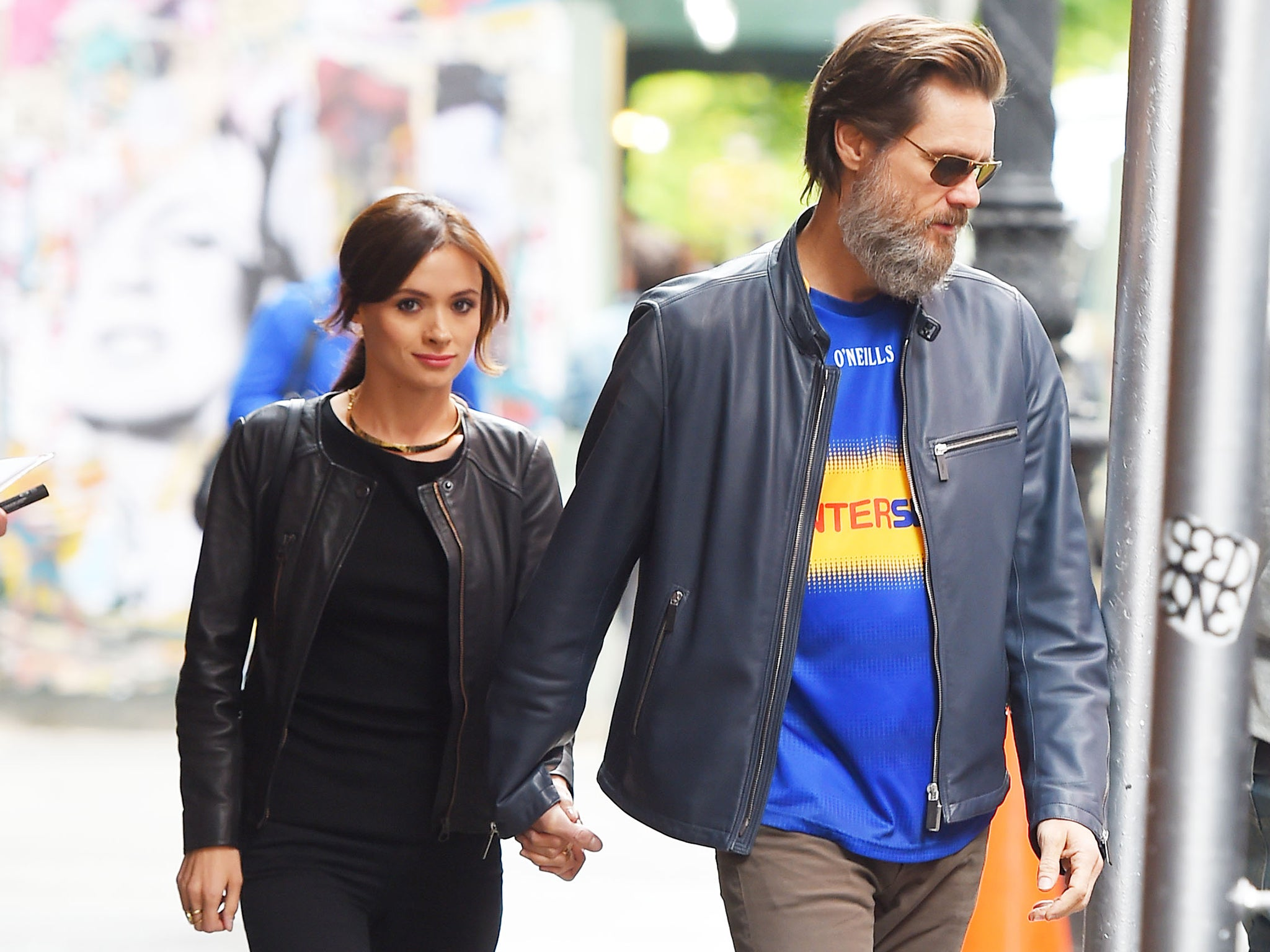 Mother of the late girlfriend Jim Carrey finds him guilty of the death of her daughter 10/12/2016 56
