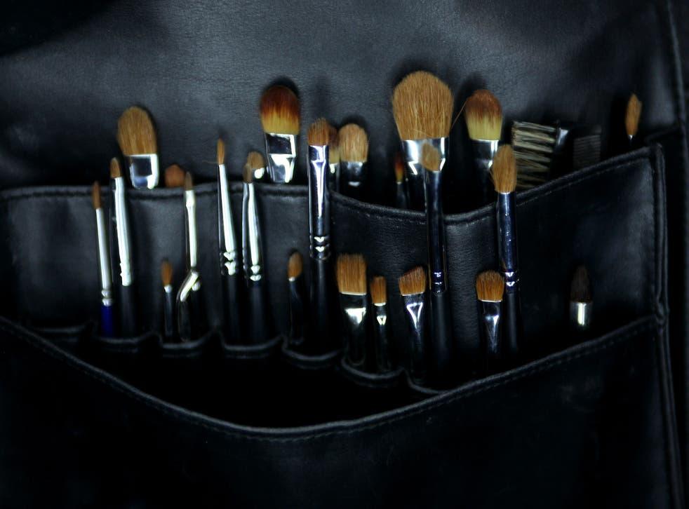<p>Make-up brushes</p>