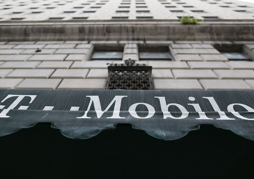 Experian hack puts 15 million T-Mobile users' personal